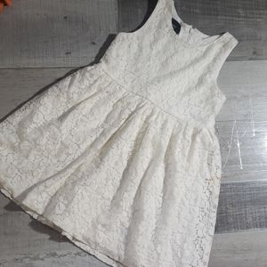 🎯5/$25🎯Holiday Editions girl's dress, size small